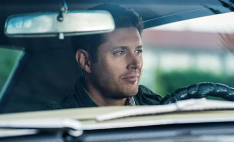 Dean smirks - Supernatural Season 12 Episode 3