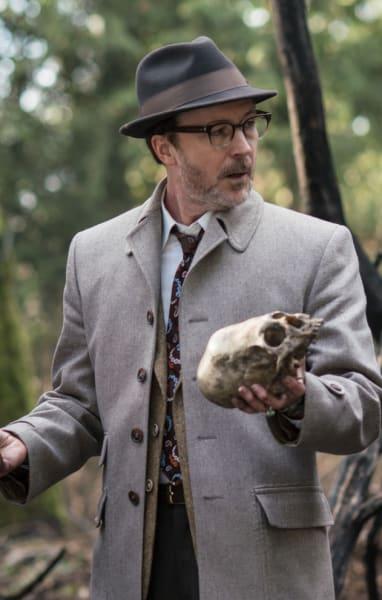 Investigating a Skull - Project Blue Book Season 1 Episode 7