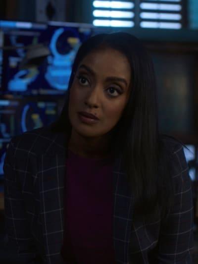 Kelly - Supergirl Season 6 Episode 2