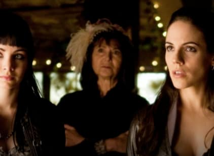 Watch Lost Girl Season 1 Episode 9 Online