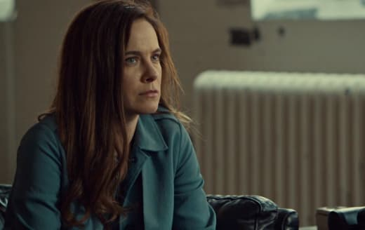 Freaking Out - Mary Kills People Season 2 Episode 3