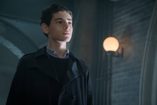 The Real Bruce Wayne? - Gotham Season 3 Episode 5