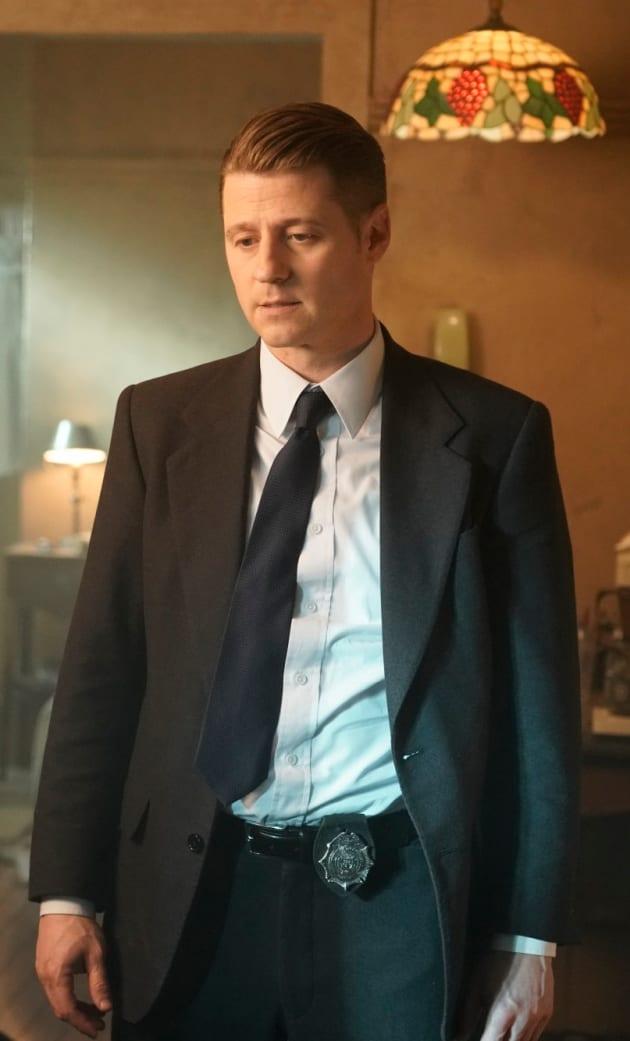 Lots on His Mind - Gotham Season 5 Episode 8