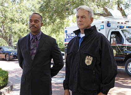Watch NCIS Season 9 Episode 19 Online