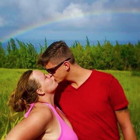 Catelynn and Tyler in Hawaii - Teen Mom
