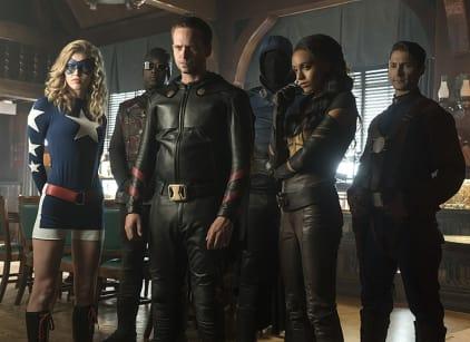 Watch DC's Legends of Tomorrow Season 2 Episode 2 Online