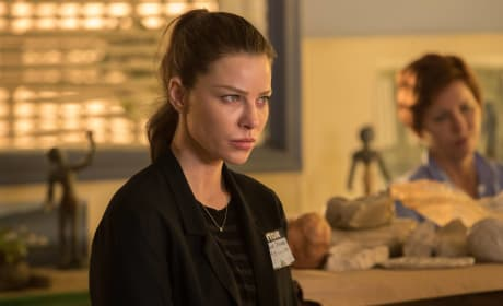 The Model - Lucifer Season 2 Episode 16