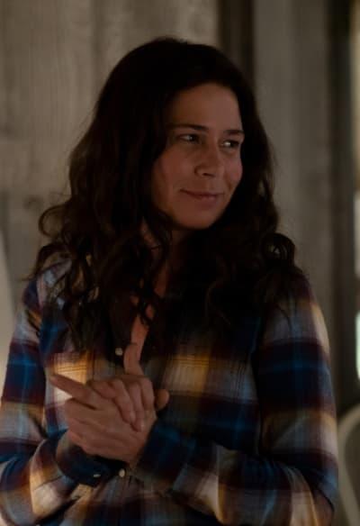 Grace Looks Alluring - American Rust Season 1 Episode 2