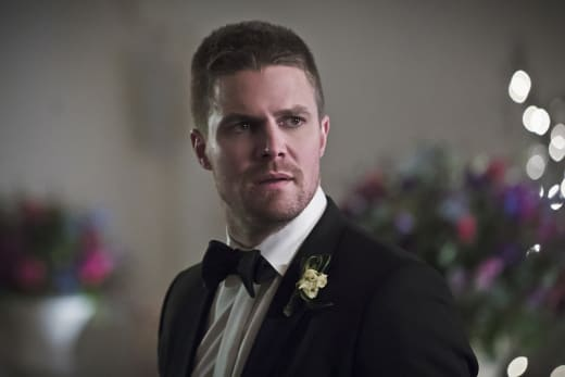 Another Photo of Oliver - Arrow Season 4 Episode 16