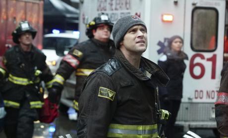 Casey Looks On - Chicago Fire Season 5 Episode 14