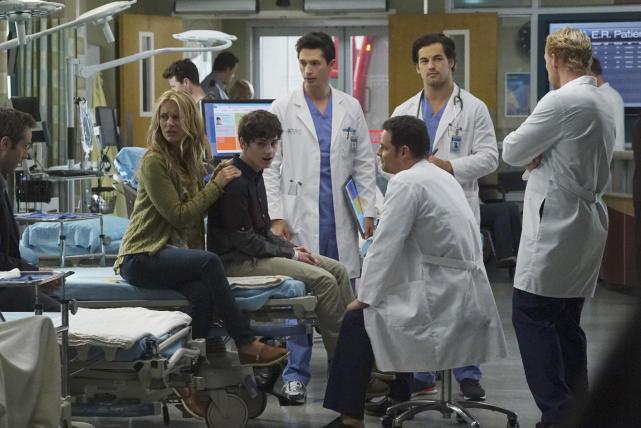 "Grey's Anatomy Photos from ""I Choose You"" - TV Fanatic"