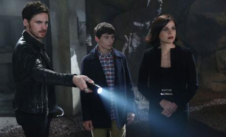 Shedding Light - Once Upon a Time Season 6 Episode 5