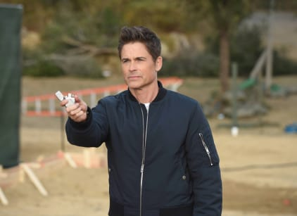 Watch The Grinder Season 1 Episode 15 Online
