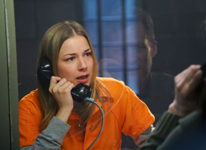 Watch Revenge Season 4 Episode 22 Online