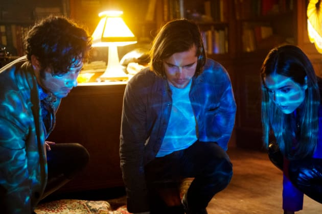 Water magic for Eliot, Quentin, and Margo? - The Magicians Season 2 Episode 1