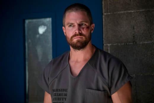 Inmate 4587 - Arrow Season 7 Episode 1
