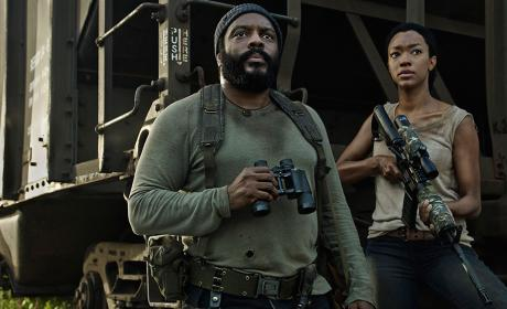 Chad Coleman as Tyreese and Sonequa Martin-Green as Sasha in The Walking Dead Season 5