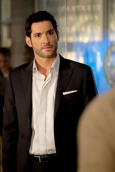 A Serious Lucifer  - Lucifer Season 3 Episode 1