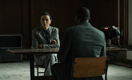 Emily P Gets Promoted - Counterpart Season 2 Episode 2