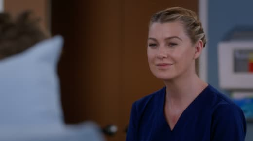 Meredith Connects with her Patient