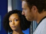 Everything Falls Apart/Tall - Chicago Med Season 6 Episode 7