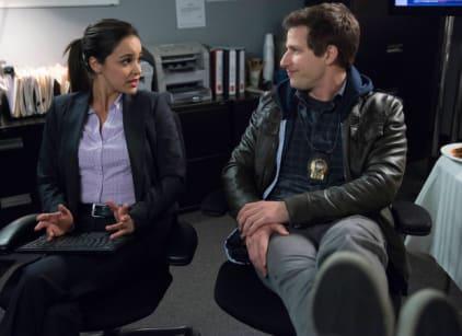 Watch Brooklyn Nine-Nine Season 1 Episode 15 Online