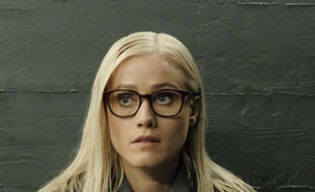 Alice in Library Jail - The Magicians Season 4 Episode 1