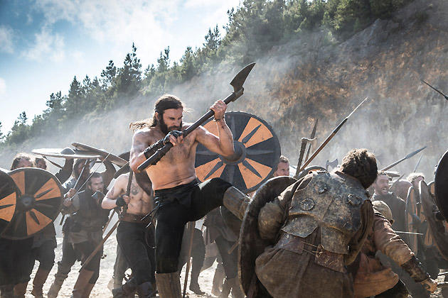 Rollo Kicks his Way through Ragnar's Army