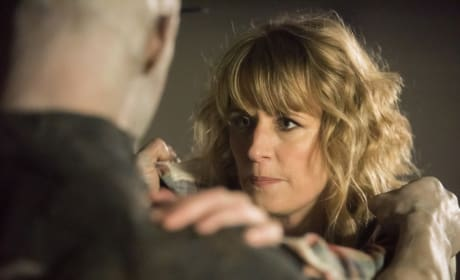 Mary fights - Supernatural Season 12 Episode 13