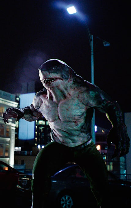 King Shark Hunts Down Grodd - The Flash Season 5 Episode 15
