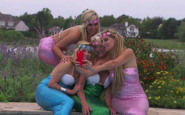 Becoming Mermaids - The Real Housewives of New York City