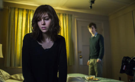 The Visitor - Bates Motel Season 3 Episode 9