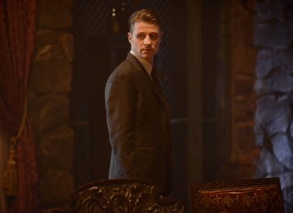 Watch Gotham Season 2 Episode 1 Online