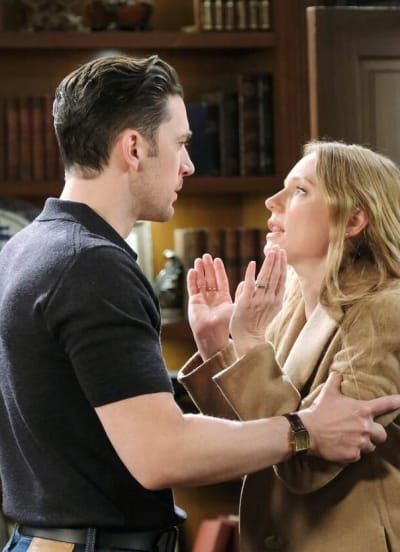 Abigail's Breaking Point/Tall - Days of Our Lives