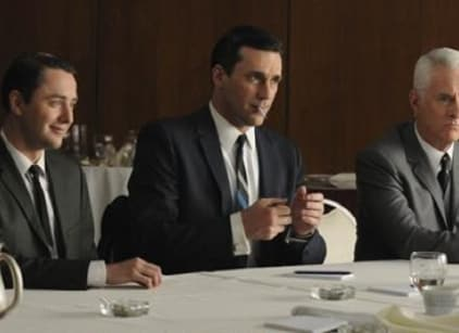 Watch Mad Men Season 4 Episode 1 Online