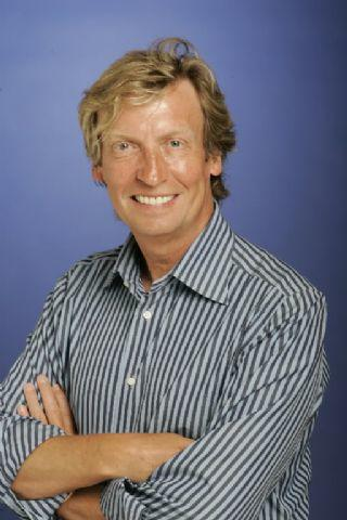 Nigel Lythgoe, American Idol Producer, Discusses the Show