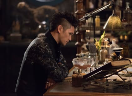 Watch Shadowhunters Season 3 Episode 7 Online