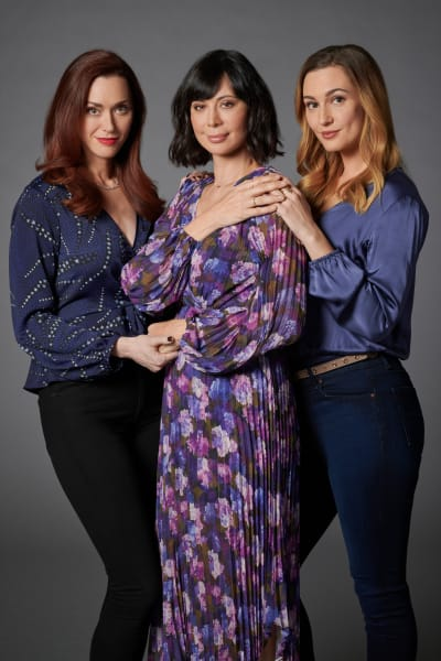Sarah Power, Catherine Bell, and Katherine Barrell - Good Witch Season 7 Episode 1