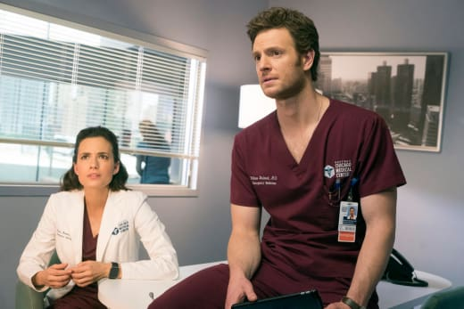 Looking For Help - Chicago Med