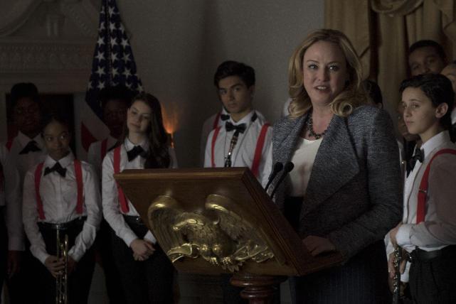 Hookstraten gives a speech designated survivor season 1 episode