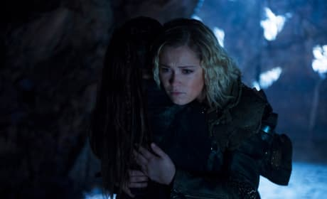 Clarke and Madi Comfort One Another  - The 100