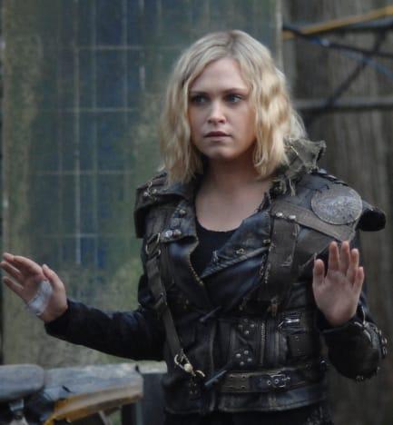 Clarke is Herself - The 100 Season 6 Episode 11