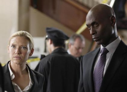Watch Fringe Season 2 Episode 3 Online