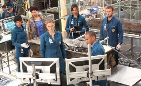 Brennan and Her Team Work to Get Booth Released - Bones Season 10 Episode 1