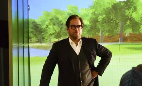 Bull Goes Golfing Season 1 Episode 13
