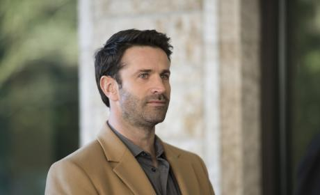 Mick joins in the party - Supernatural Season 12 Episode 16