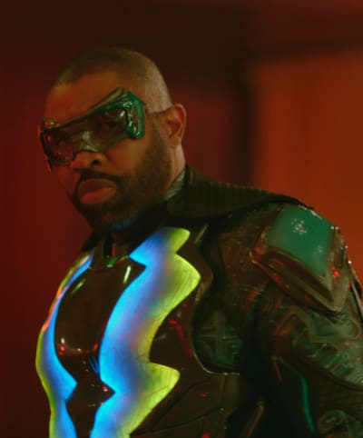 Club Brawl - Black Lightning Season 2 Episode 8