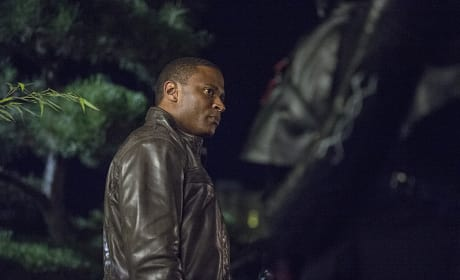 Diggle is Prepared - Arrow Season 3 Episode 4