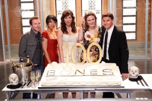 Bones Cast Picture