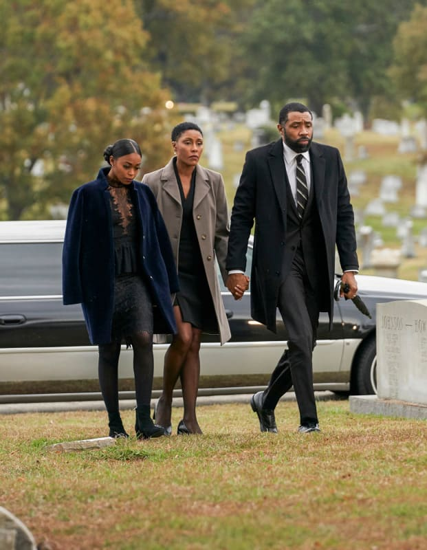 Funeral Guests - Black Lightning Season 2 Episode 12